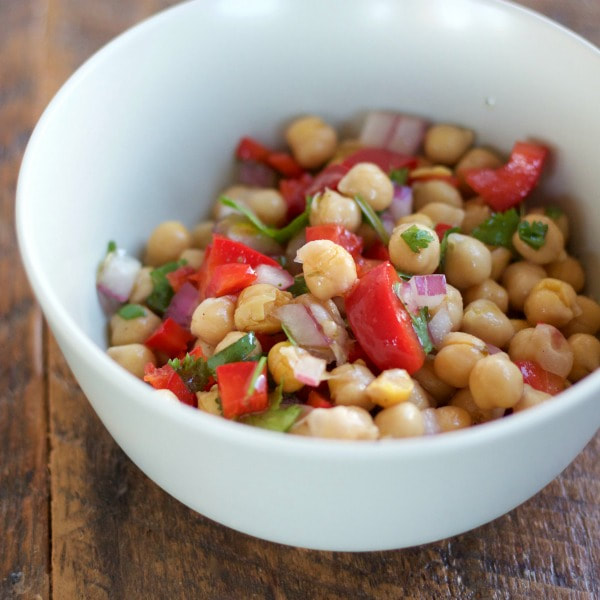 Picture-garbanzo-bean-salad