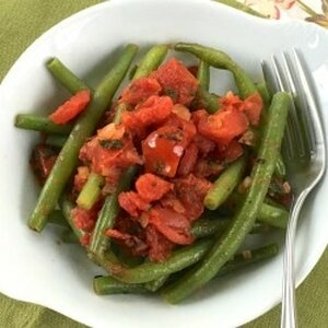 Green Beans with Tomato and Basil